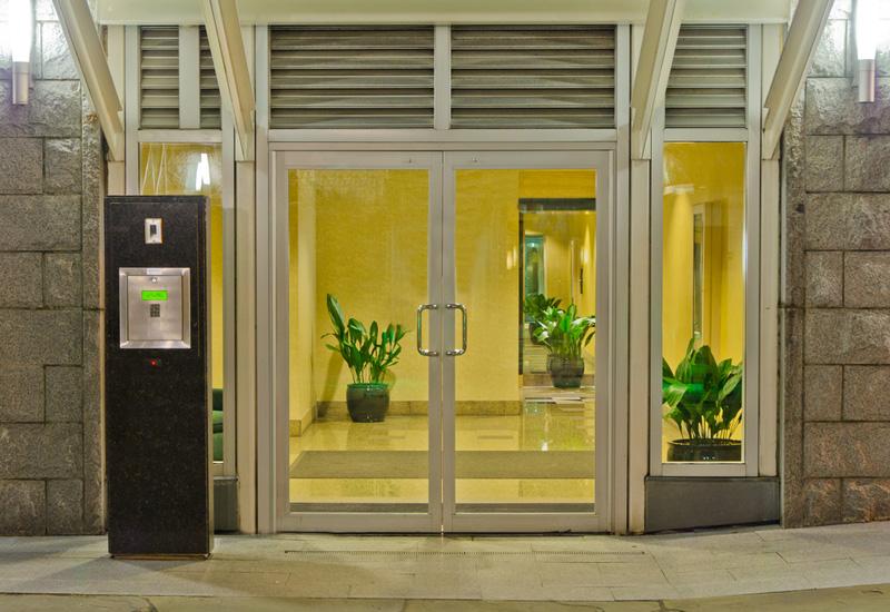 עיצוב דלת כניסה